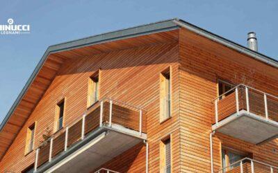 Facciate in legno: caratteristiche, tipi ed esempi